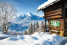 Traditional Mountain Cabin In ...