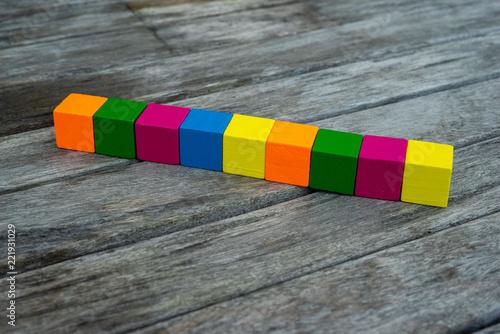 Fototapeta Farbige Holzwürfel Auf Einem Holztisch Auf Dem Buchstaben Abgebildet Werden Können Template Vorlage