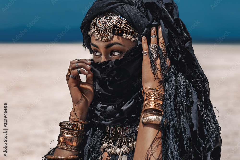 Fototapety, obrazy: Beautiful young stylish tribal dancer. Woman in oriental costume outdoors