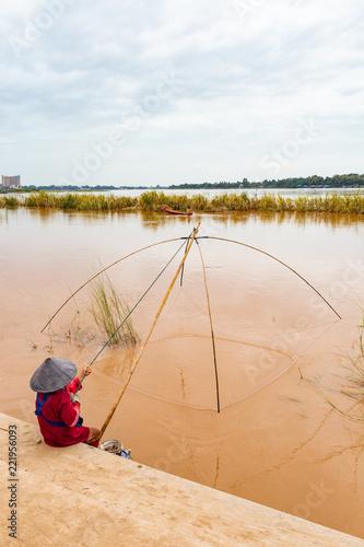 Foto  Pesca sul Mekong - vientiane - Laos
