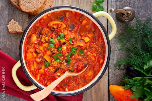 Deurstickers Klaar gerecht Vegetable gyuvech, a traditional dish for Moldovan, Romanian, Bulgarian cuisine, top view, selective focus