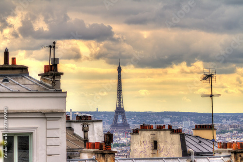 Valokuva  Paris spring cityscape with the Eiffel tower seen from Montmartre in the afterno