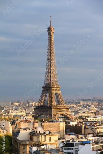 Deurstickers Eiffeltoren Beautiful skyline view of the Eiffel tower seen from the Arc de Triomphe in Paris, France