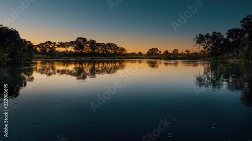 Fotografia, Obraz  Abenddämmerung am Okavango, Namibia