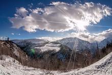 Sunny Day Over The Mountain Va...