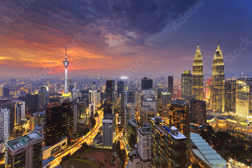 Photo  City of Kuala Lumpur at the sunset