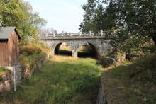 Steinbrücke Mit Ausgetrocknetem Bachlauf Am Oderteich Harz