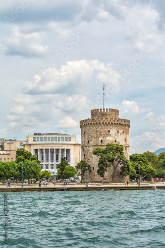 Spoed Foto op Canvas Theater Thessaloniki, Greece - August 16, 2018: The National Theatre of Northern Greece & Aristotle's Theatre Building and White Tower in Thessaloniki.