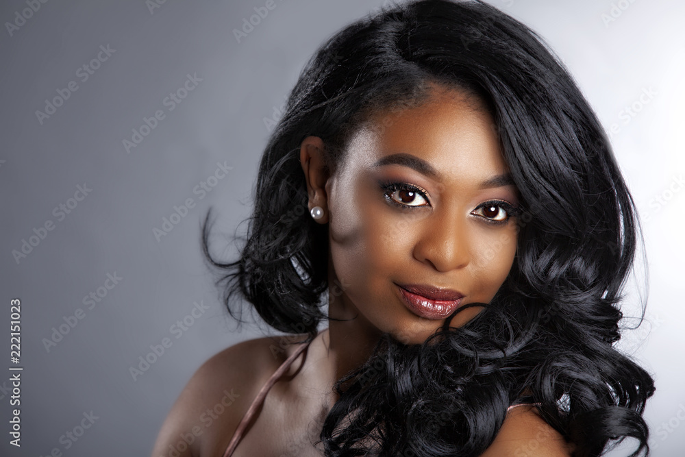 Fototapeta glamour African American beauty model