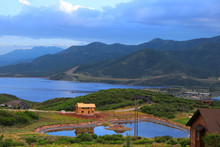 Scenic Jordanelle Reservoir In...