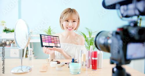woman show makeup palette