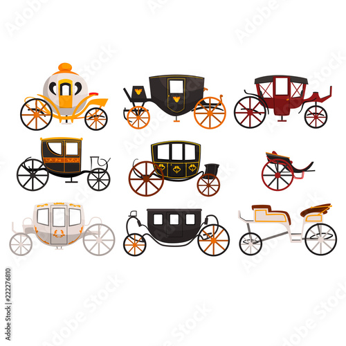 Photo Retro carriages set, vintage transport, brougham, cab, wagon for traveling, wedd