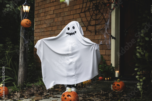 Ghost costume for Halloween party Fotobehang