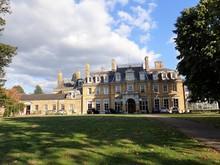 The Cedars, Grade II Listed Mansion House, Chorleywood