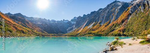 Obraz Esmeralda lake and Beautiful landscape of lenga forest, mountains at Tierra del Fuego National Park, Patagonia - fototapety do salonu