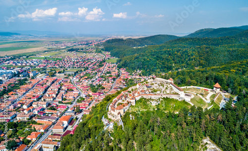 In de dag Europa Aerial view of Rasnov Fortress in Romania