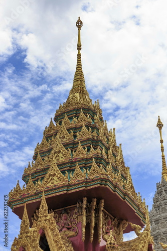 Deurstickers Bedehuis The pagoda with the temple roof in Thailand.