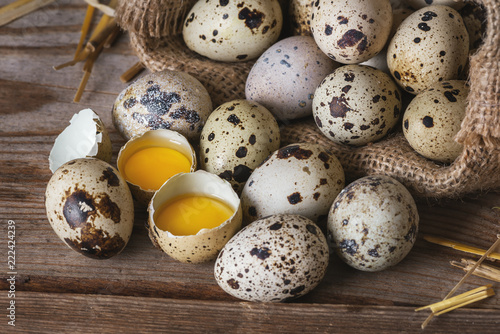 Foto Raw Quail eggs closeup