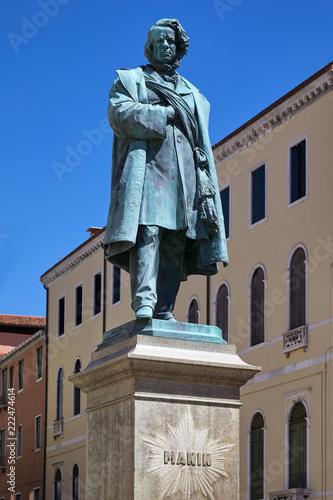 Daniele Manin statue by Luigi Borro (1826 – 1880) in Venice, Italy Wallpaper Mural