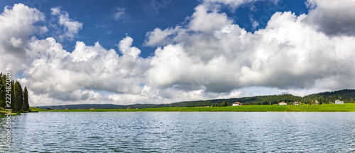 Fotobehang Europese Plekken See im Schweizer Jura
