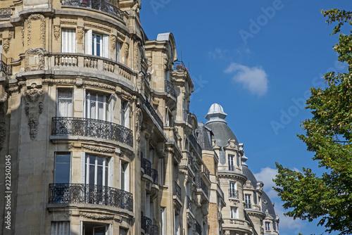 Foto  Immeuble parisien style Haussmann