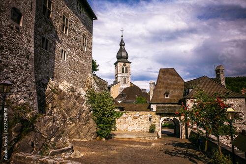 Foto op Aluminium Oude gebouw Medieval castle in the old town.
