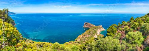 Fotografia Beautiful coast scenery, panoramic view, on Mallorca Spain Mediterranean Sea