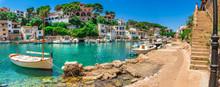 Spanien Reise Meer Tourismus Sommer Urlaub Mallorca Fischer Dorf Hafen Boote
