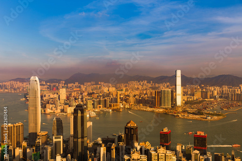Poster Stad gebouw Hong Kong city residence crowded office building with blue sky background