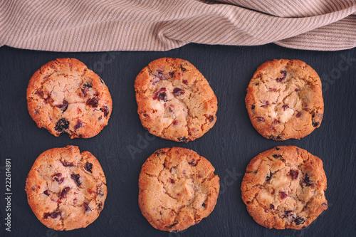 Tuinposter Koekjes Homemade White Chocolate Chip Cranberry Cookies