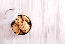 Healthy Oat And Raisin Biscuits