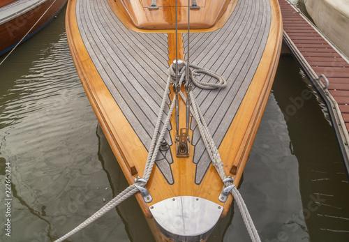 Foto  Bug eines alten Segelschiffes