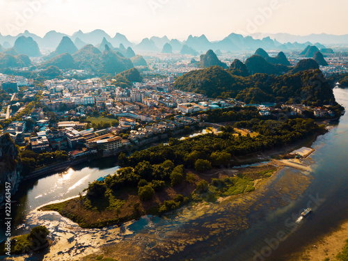 Staande foto Asia land Guilin aerial view with Li river and stunning rock formations in China