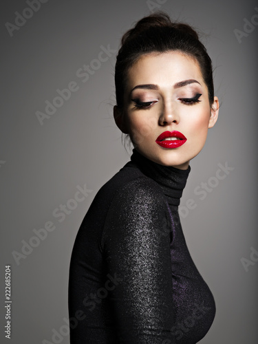 Fototapety, obrazy: Beautiful young fashion woman with red lipstick.