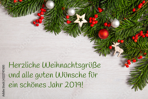 Herzliche Weihnachtswünsche.Weihnachtsgrüße 2019 Weihnachtlicher Hintergrund Buy This Stock