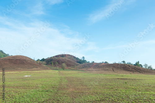 In de dag Pool Khao ya, Landscape Mountain and blue Sky at Ranong, Thailand