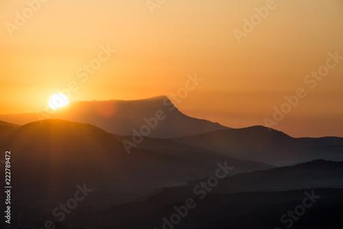 Foto auf Gartenposter Gebirge Scenic sunrise in the mountains