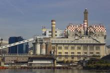 La Centrale Elettrica E La Lan...