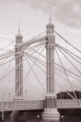 Photo  Albert Bridge; Chelsea; London; England; UK