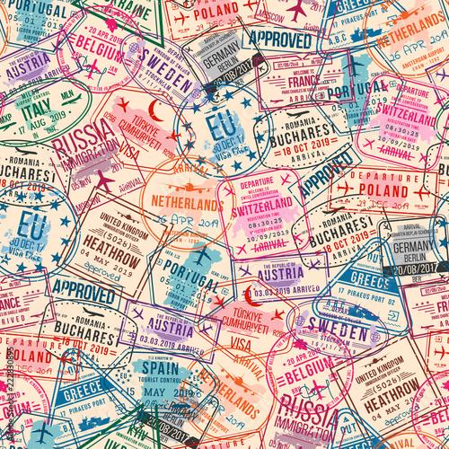 Tapety o tematyce podróżniczej znaczki-wizy-paszportowe-wzor