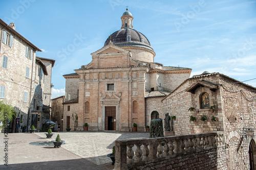 Photo Assisi, chiesa nuova vista della piazza