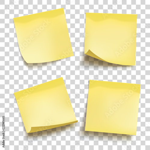 Fotografía  Set of yellow sheets of note papers
