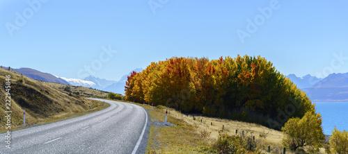 Tuinposter Oceanië Panoramic scenery of Mount Cook /Aoraki road along Lake Pukaki , Mackenzie District in autumn , Canterbury region, South Island of New Zealand