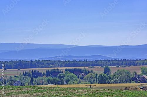 Foto op Aluminium Heuvel Odległe wzgórza.