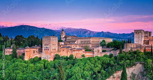 Photo sur Toile Con. Antique Colorful sunset over Alhambra