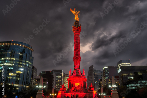 Staande foto Centraal-Amerika Landen The Angel of Independence in Mexico City