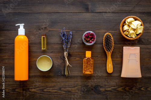 Fotomural Cosmetics for hair care with jojoba, argan or coconut oil