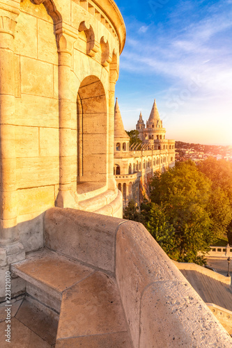 Papiers peints Con. ancienne Fisherman's Bastion by morning light, by morning light, Budapest