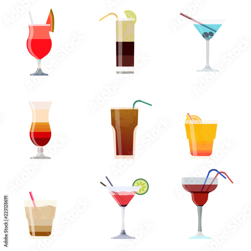 Valokuvatapetti Alcoholic cocktails isolated on black background
