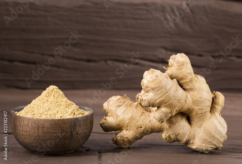 Fotografie, Obraz  Ginger root and ginger powder